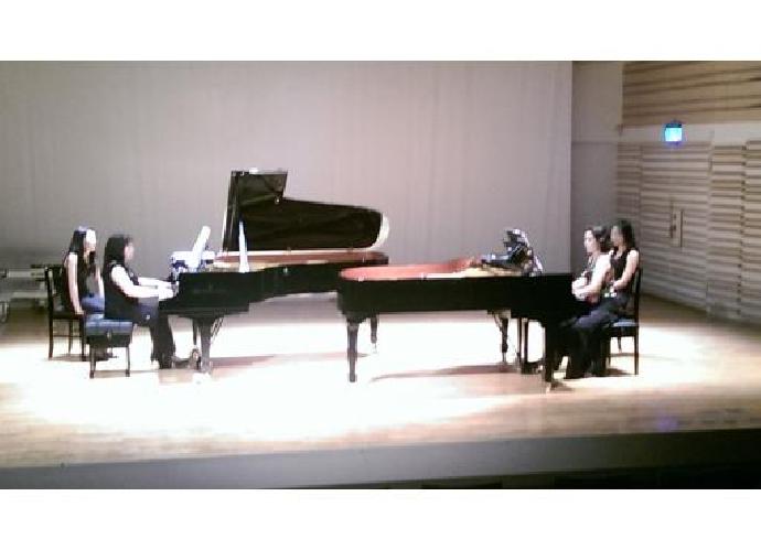 徐如媛老師與美籍韓裔鋼琴家姜珠妍「世界之舞」雙鋼琴音樂會